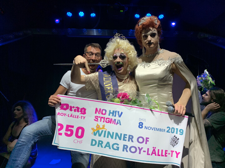 The best drag queen was elected in the Parterre One cafe by asking participants about HIV and dispelling myths.