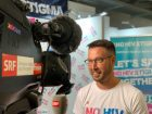 Alex Schneider is interviewed about the NoHIVstigma campaign by the local TV channel SRF for the evening news – Tagesschau.